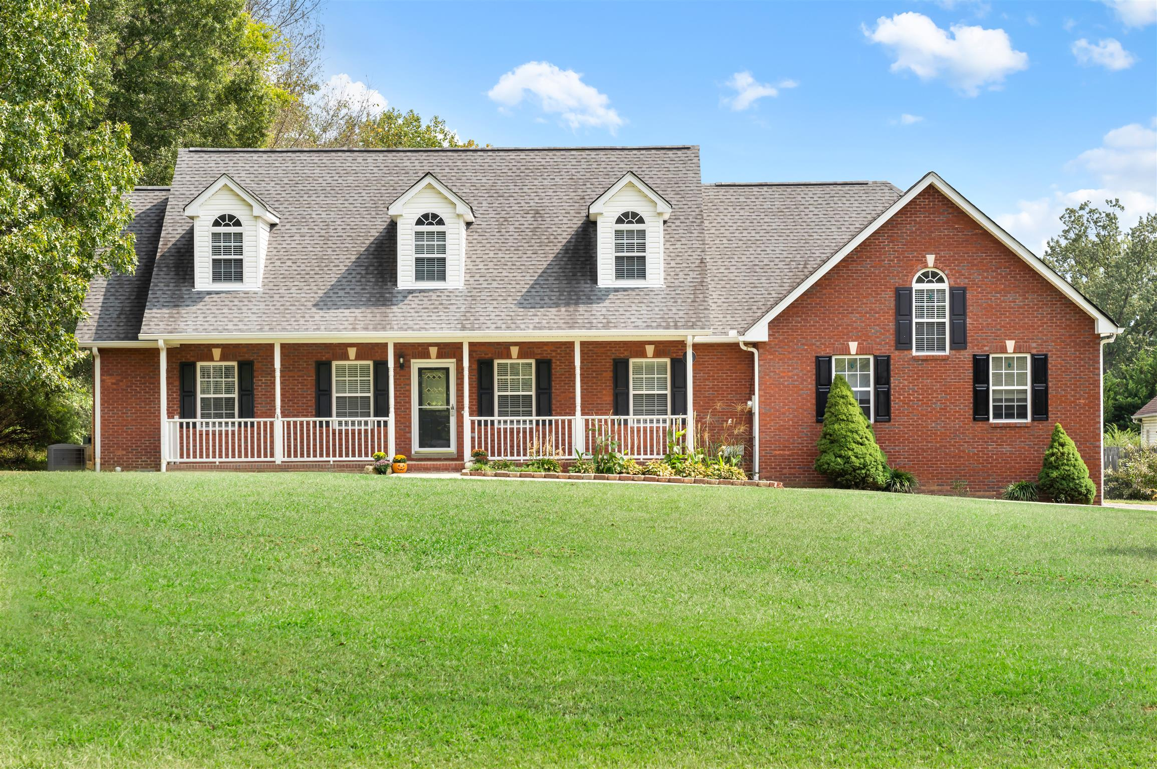 1019 Autumn Woods Dr, Pleasant View, TN 37146 - Pleasant View, TN real estate listing