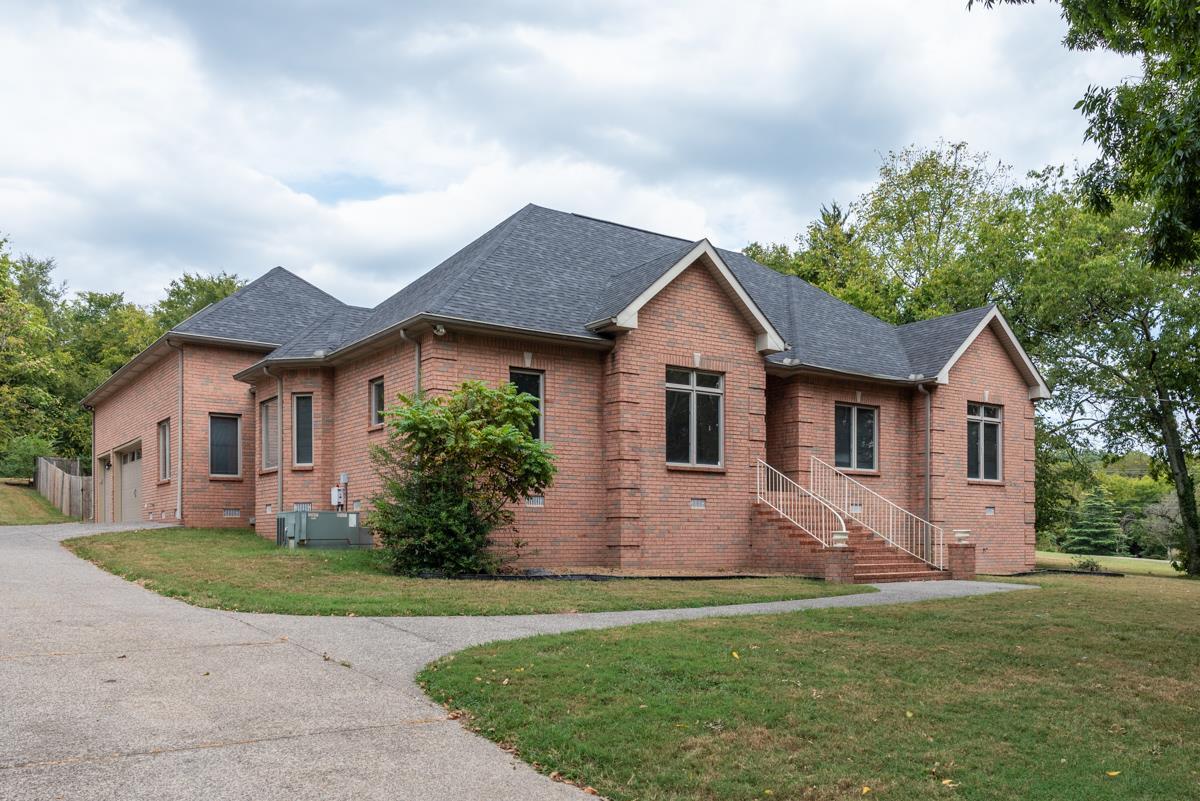 106 Lakewood Dr, Madison, TN 37115 - Madison, TN real estate listing