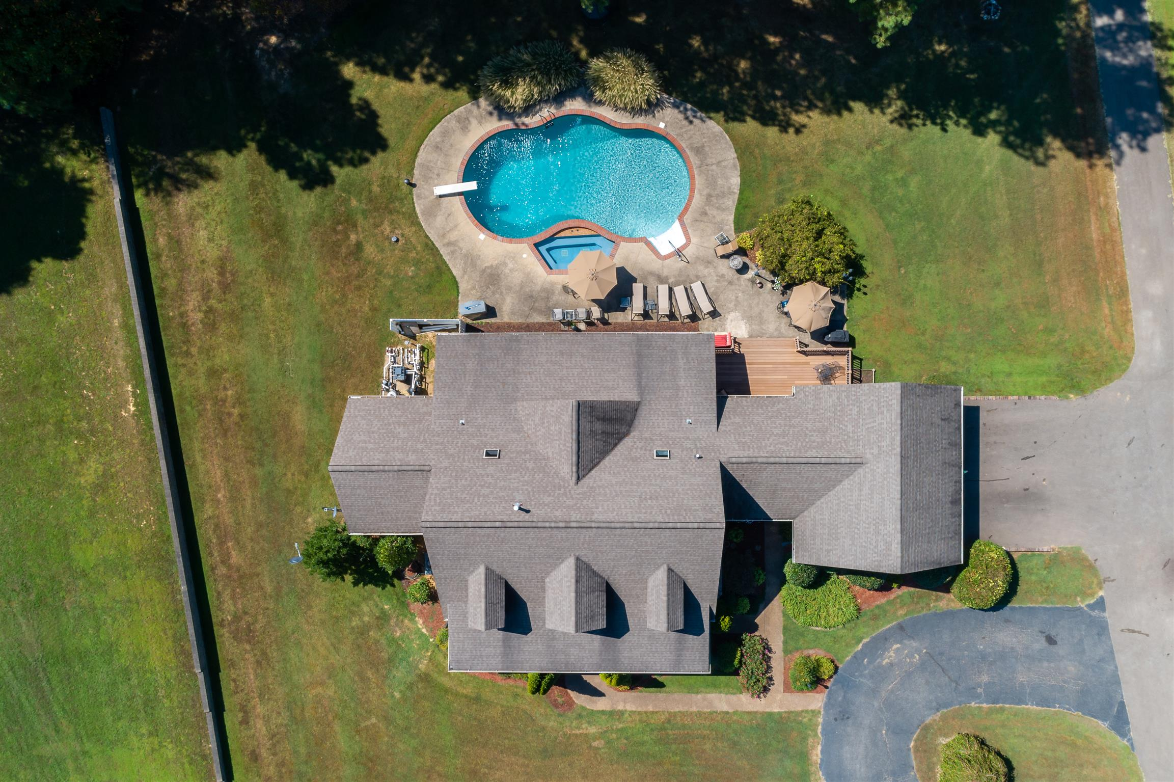 38363 Real Estate Listings Main Image
