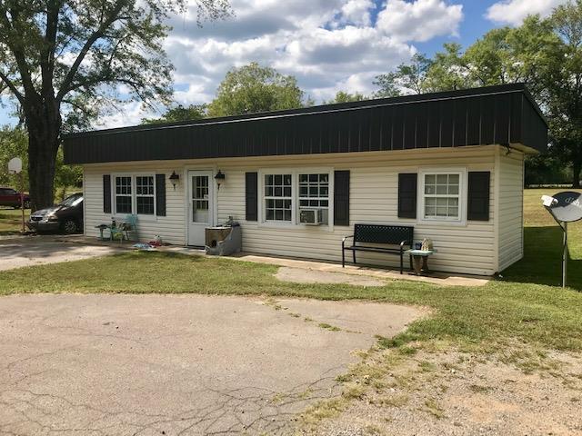 230 N Hurricane Creek Rd Property Photo