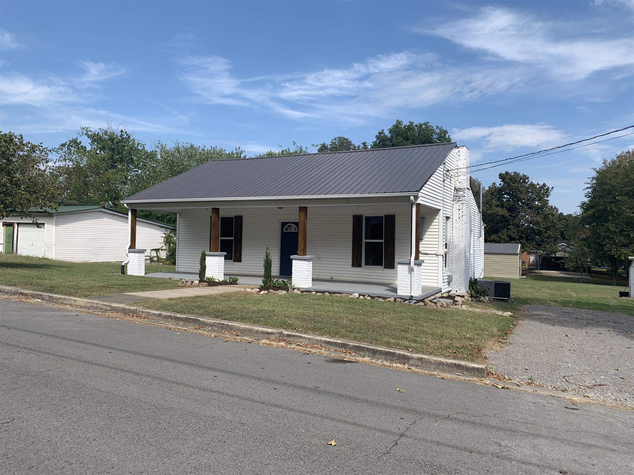 204 Locust St, Alexandria, TN 37012 - Alexandria, TN real estate listing