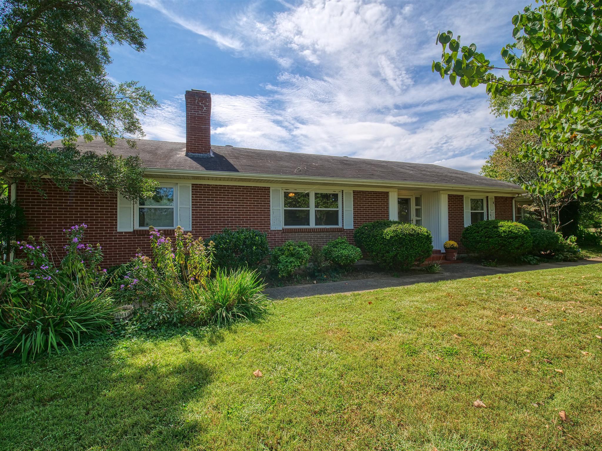 135 Second Creek Ln, Hartsville, TN 37074 - Hartsville, TN real estate listing