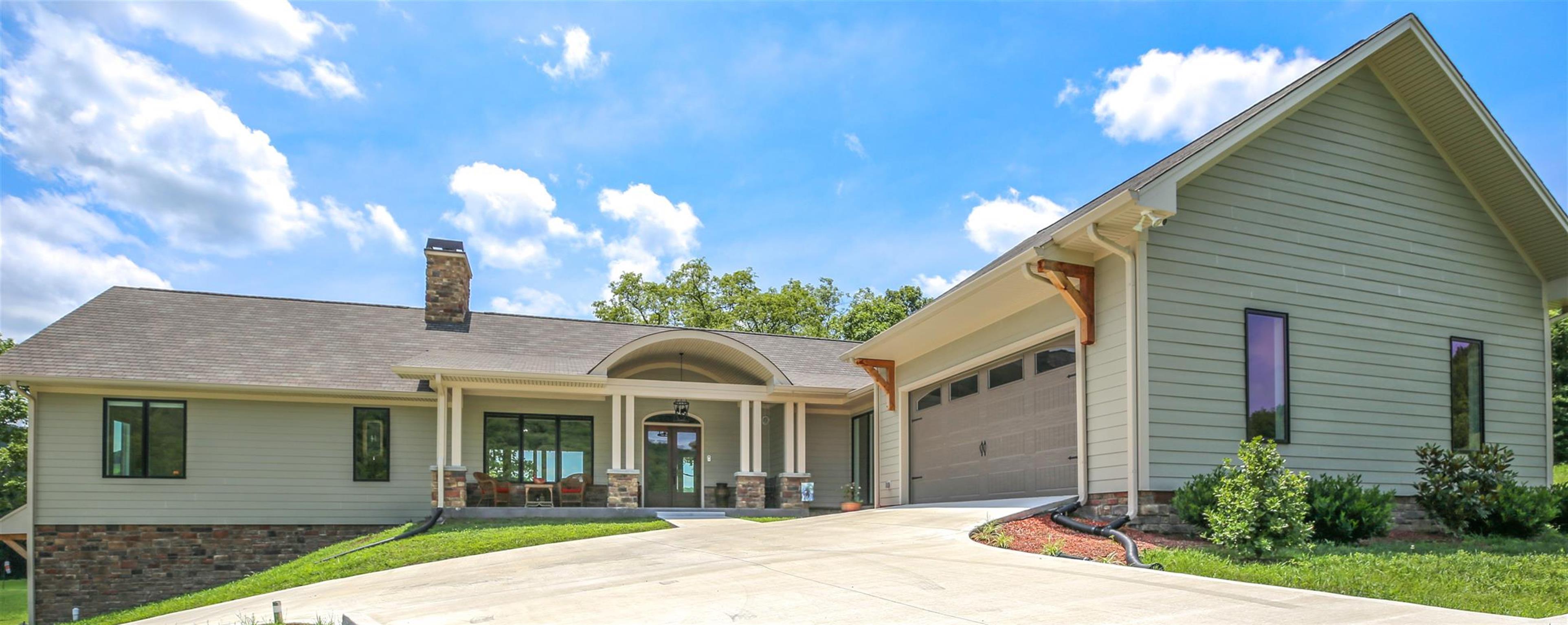 38560 Real Estate Listings Main Image