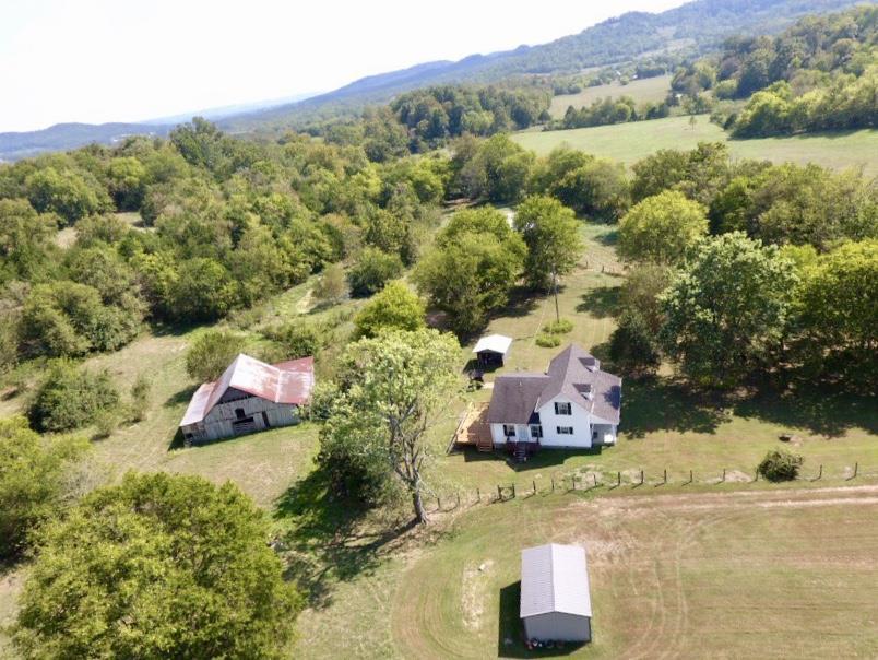 1198 Daniel Rd Property Photo - Petersburg, TN real estate listing