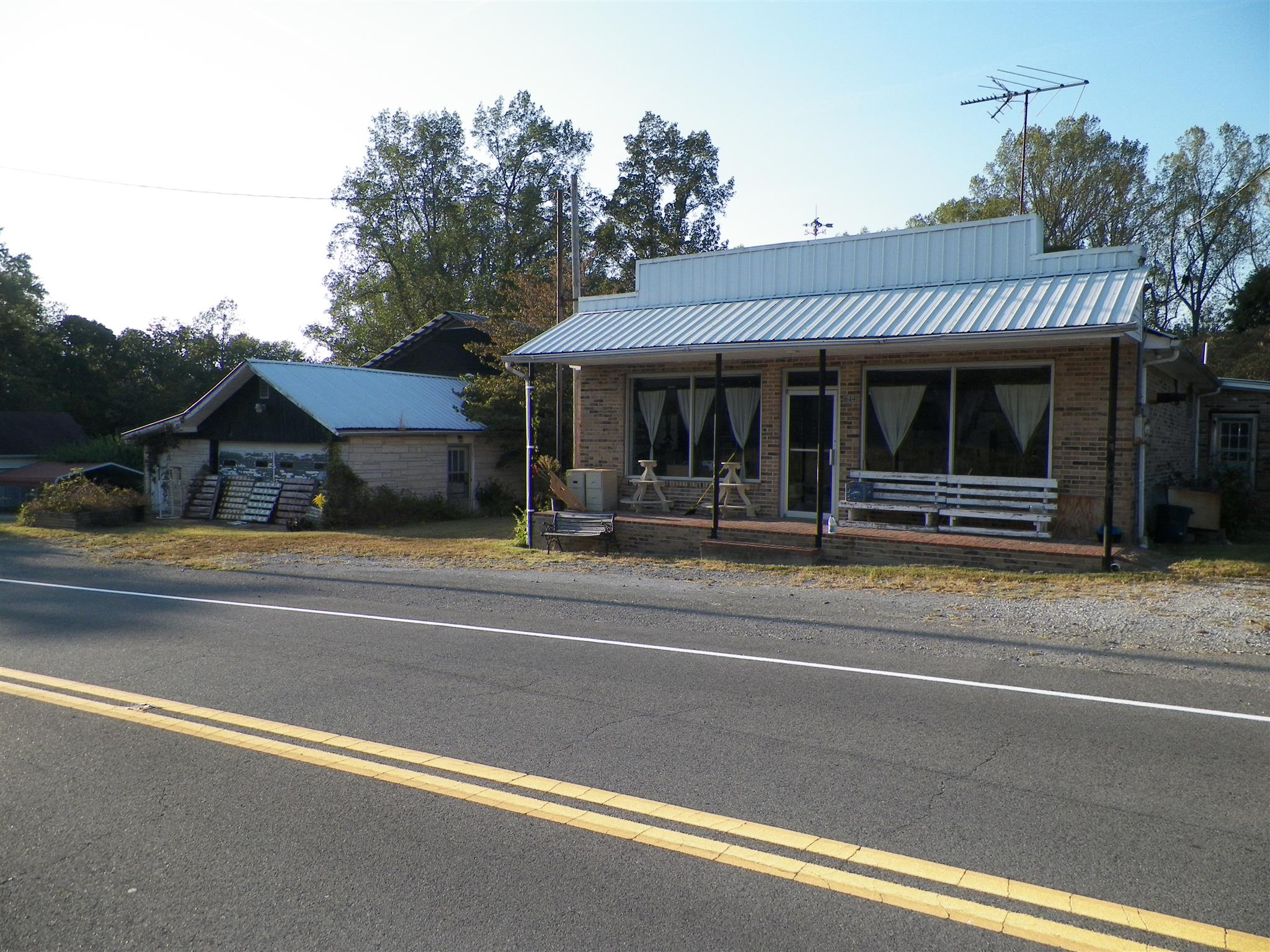 644 Bennett Hill Rd, Red Boiling Springs, TN 37150 - Red Boiling Springs, TN real estate listing