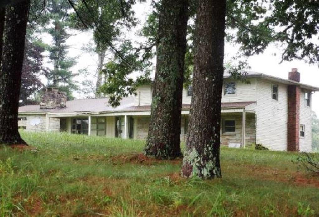 964 Joe Tabor Rd, Crossville, TN 38571 - Crossville, TN real estate listing