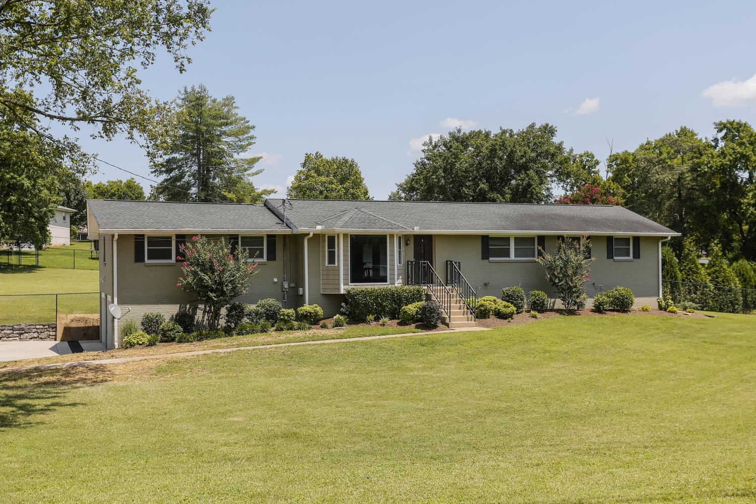 1611 Saunders Ave, Madison, TN 37115 - Madison, TN real estate listing