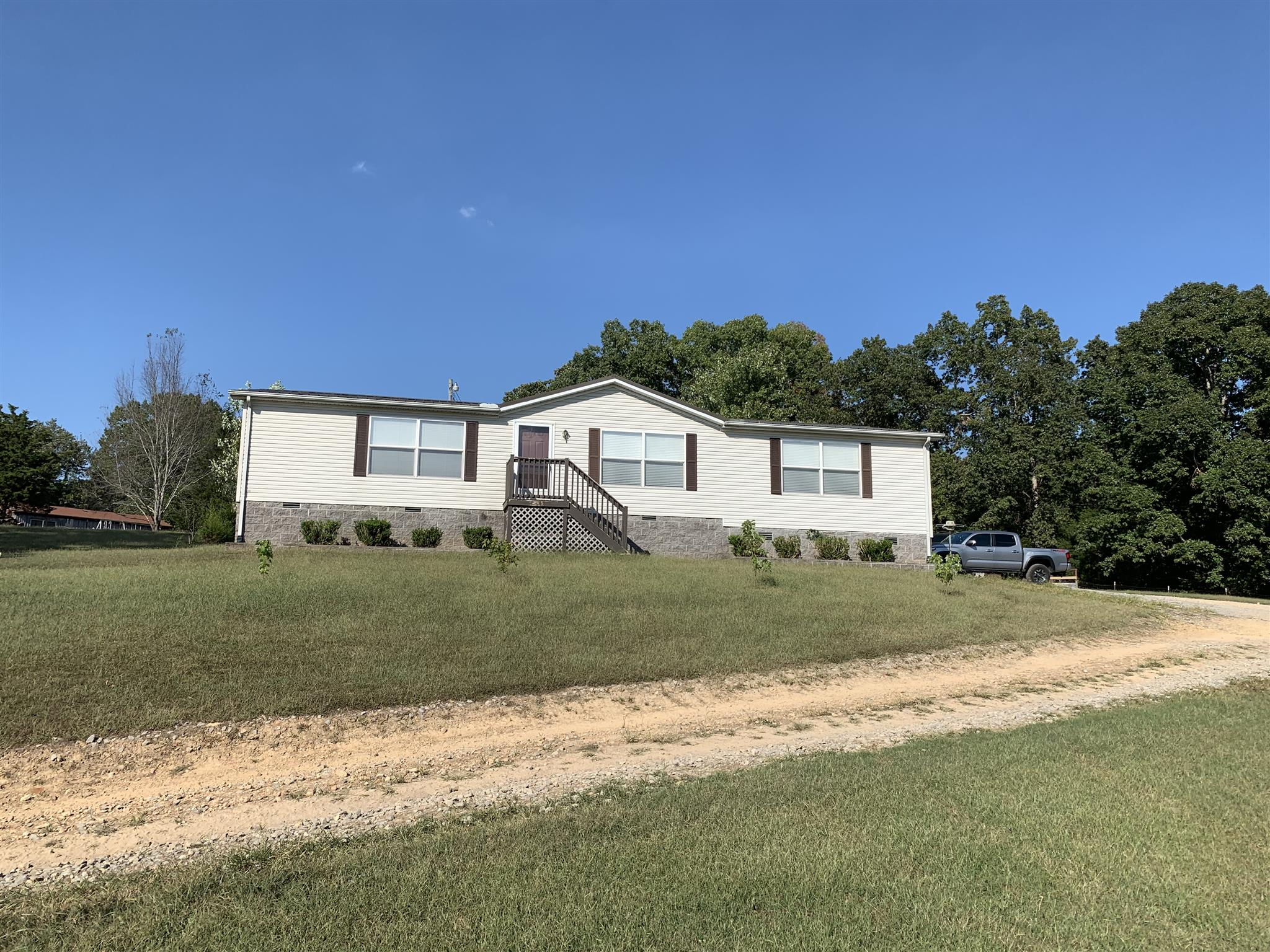 4401 Southside Rd, Southside, TN 37171 - Southside, TN real estate listing