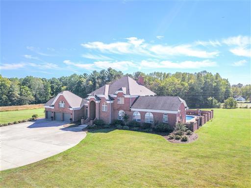 37022 Real Estate Listings Main Image