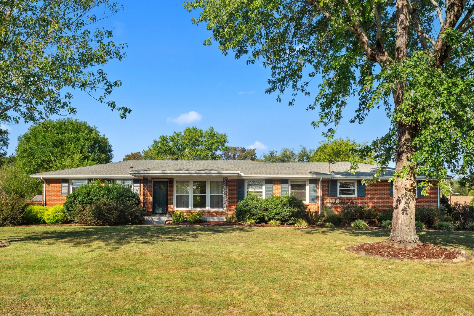 6137 Beals Ln, Nashville, TN 37218 - Nashville, TN real estate listing