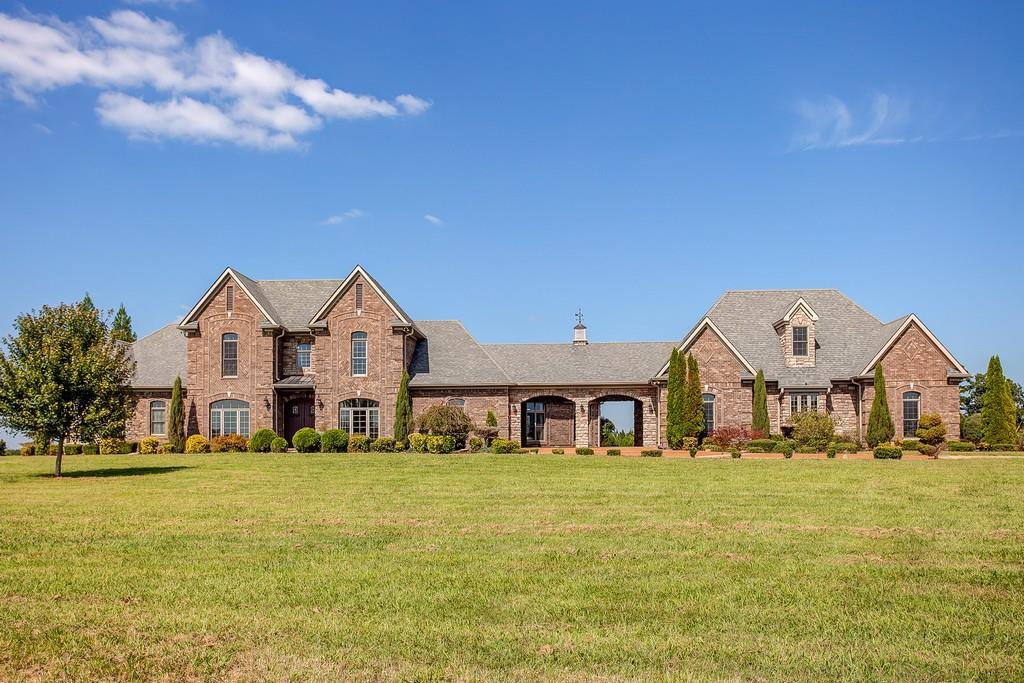 467 Charles McClearen Rd, Hohenwald, TN 38462 - Hohenwald, TN real estate listing