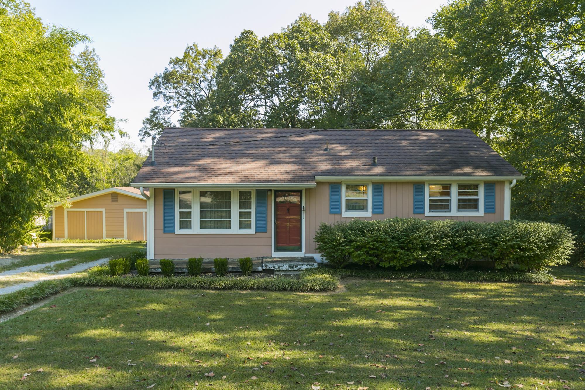 Archwood Acres Real Estate Listings Main Image