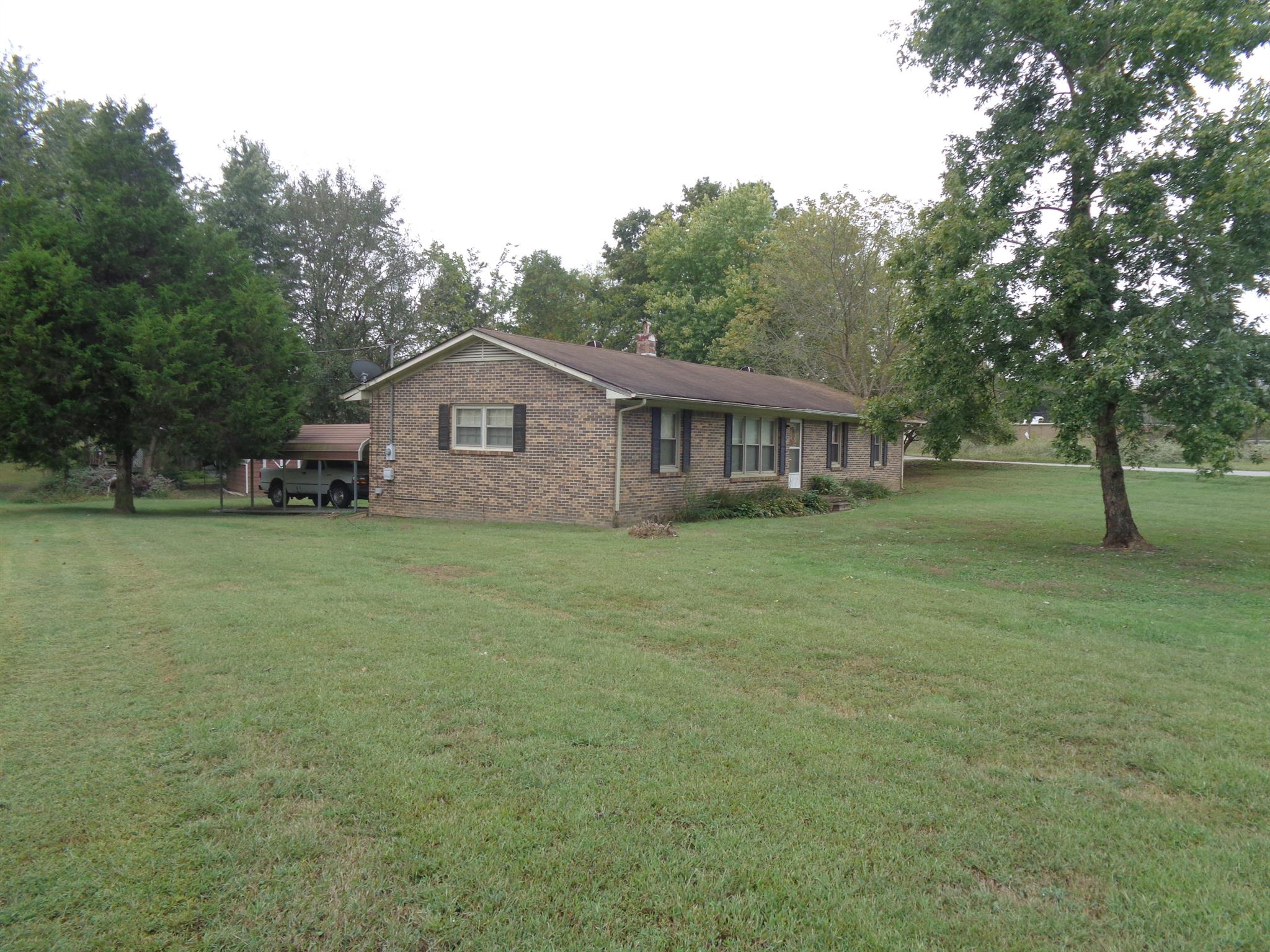 203 Cobb Ave, Leoma, TN 38468 - Leoma, TN real estate listing