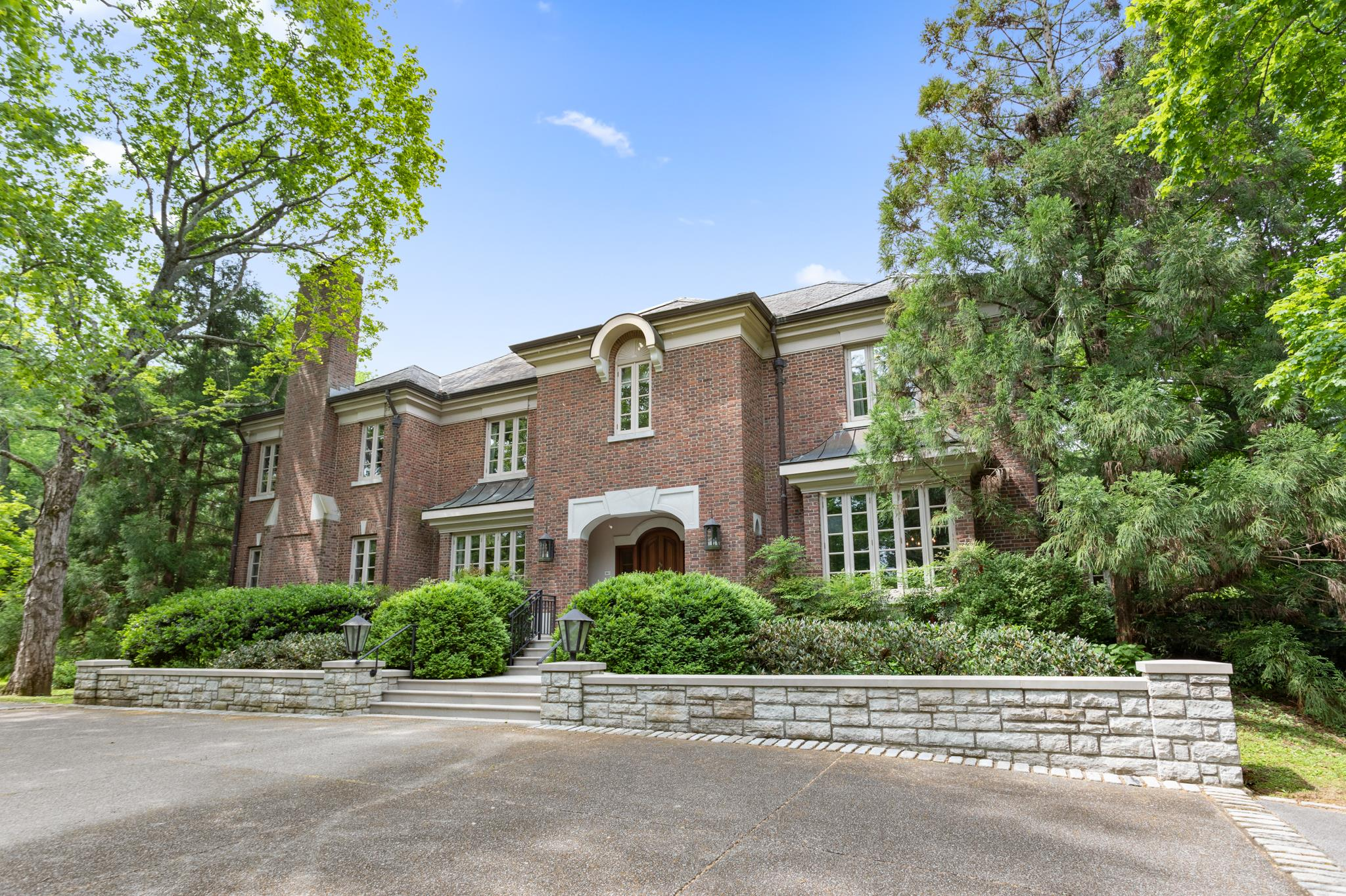 311 Sunnyside Dr, Nashville, TN 37205 - Nashville, TN real estate listing