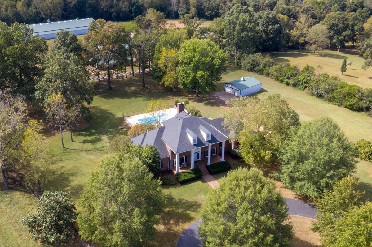 7028 Glidewell Rd, Cross Plains, TN 37049 - Cross Plains, TN real estate listing