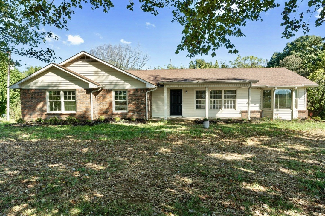 124 Tom Link Rd, Cottontown, TN 37048 - Cottontown, TN real estate listing
