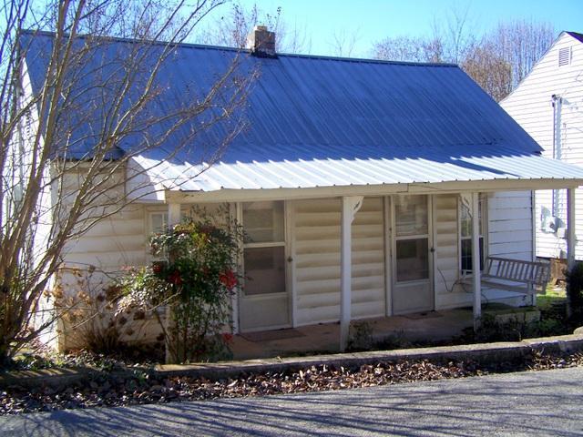 107 Walker St, Mc Minnville, TN 37110 - Mc Minnville, TN real estate listing