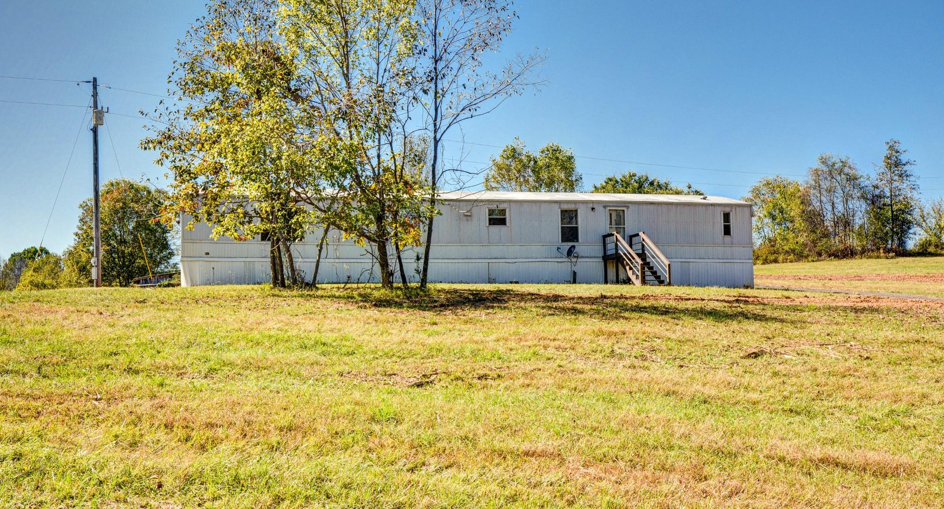 5780 Watkins Ford Rd, Southside, TN 37171 - Southside, TN real estate listing