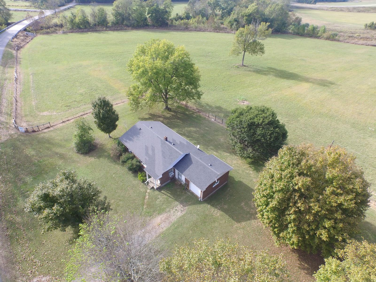 570 Piney Rd W, Dickson, TN 37055 - Dickson, TN real estate listing