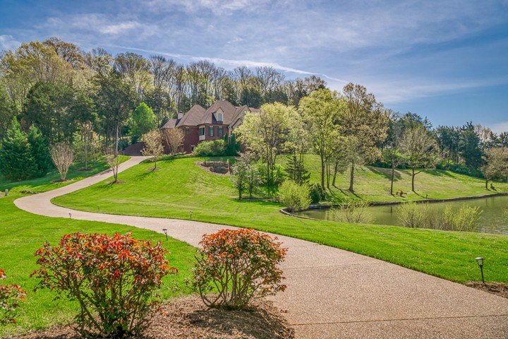 328 White Swans Xing, Brentwood, TN 37027 - Brentwood, TN real estate listing