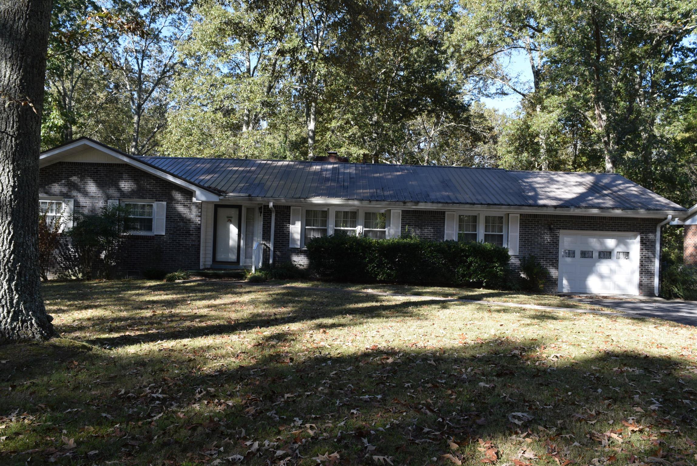 1128 Westwood Dr, Tullahoma, TN 37388 - Tullahoma, TN real estate listing