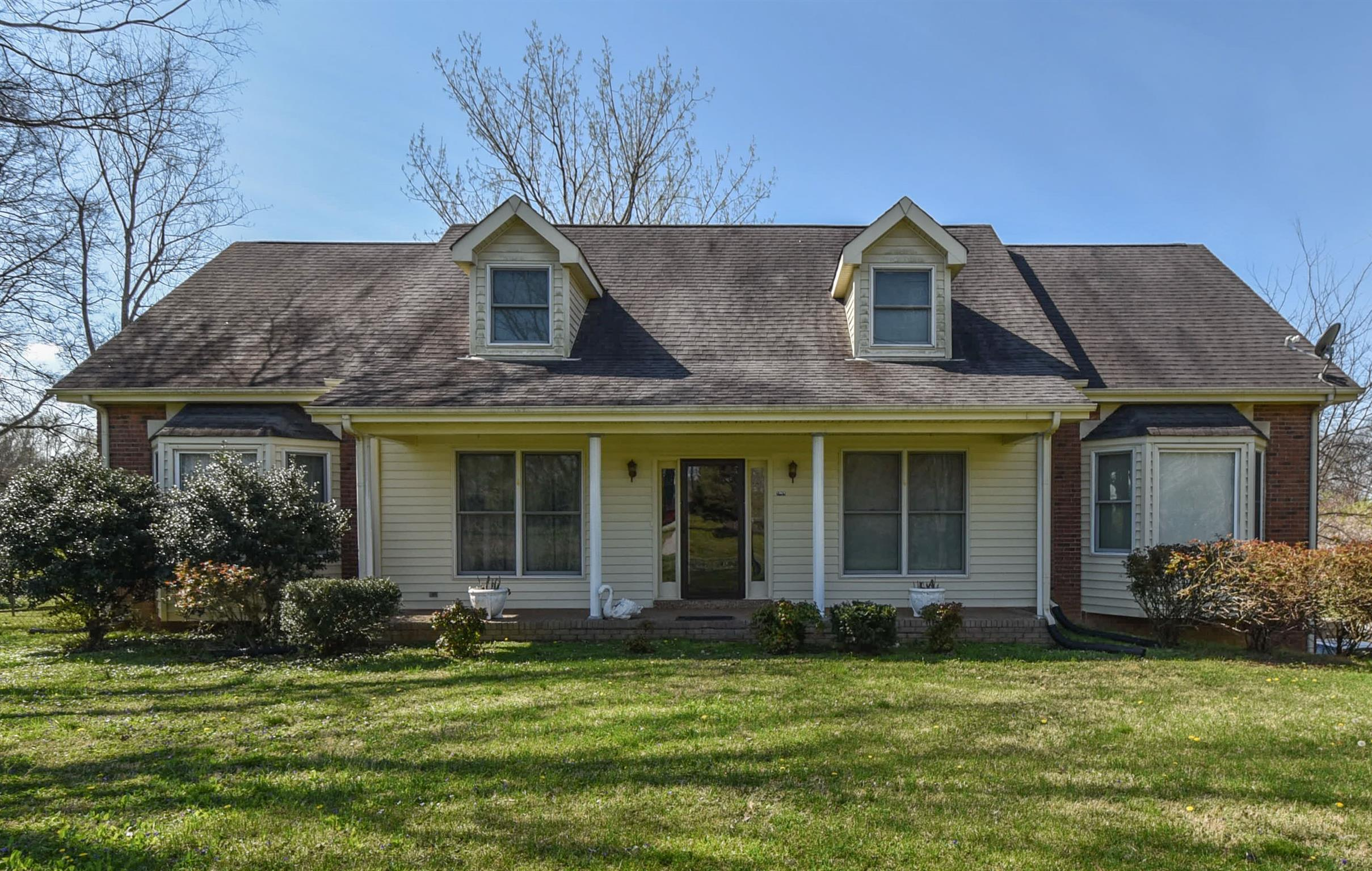 1083 Old Clarksville Pike, Pleasant View, TN 37146 - Pleasant View, TN real estate listing
