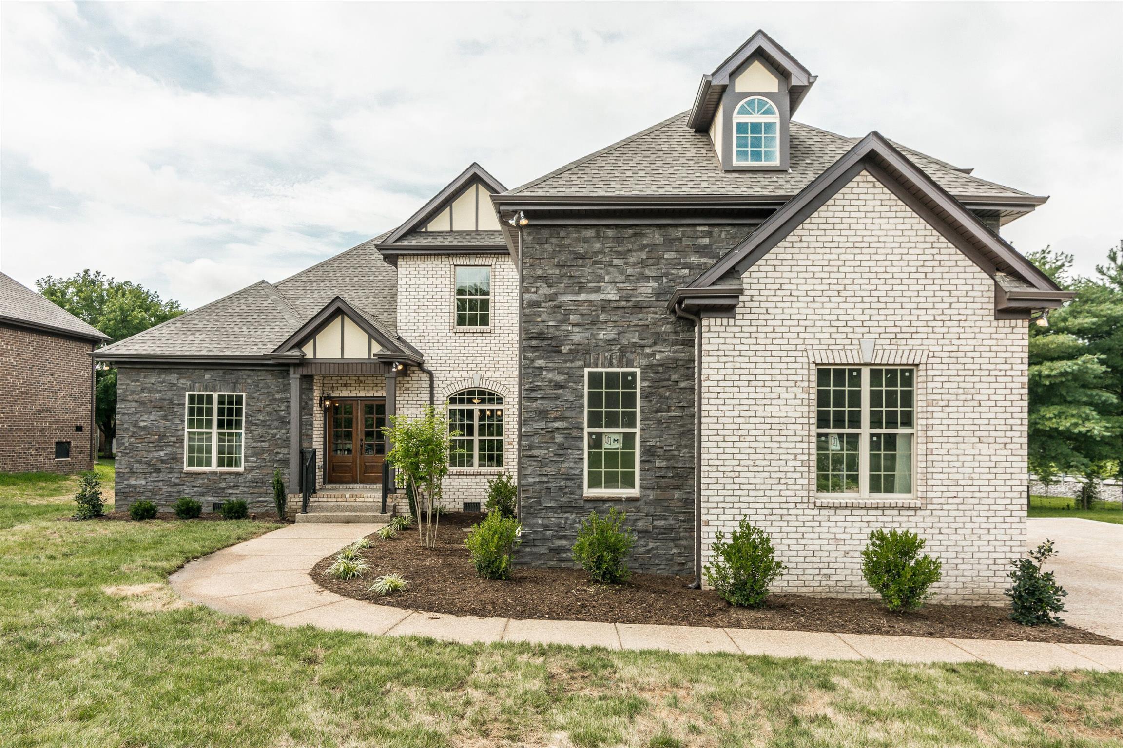 2006 Eagle View Rd, Hendersonville, TN 37075 - Hendersonville, TN real estate listing
