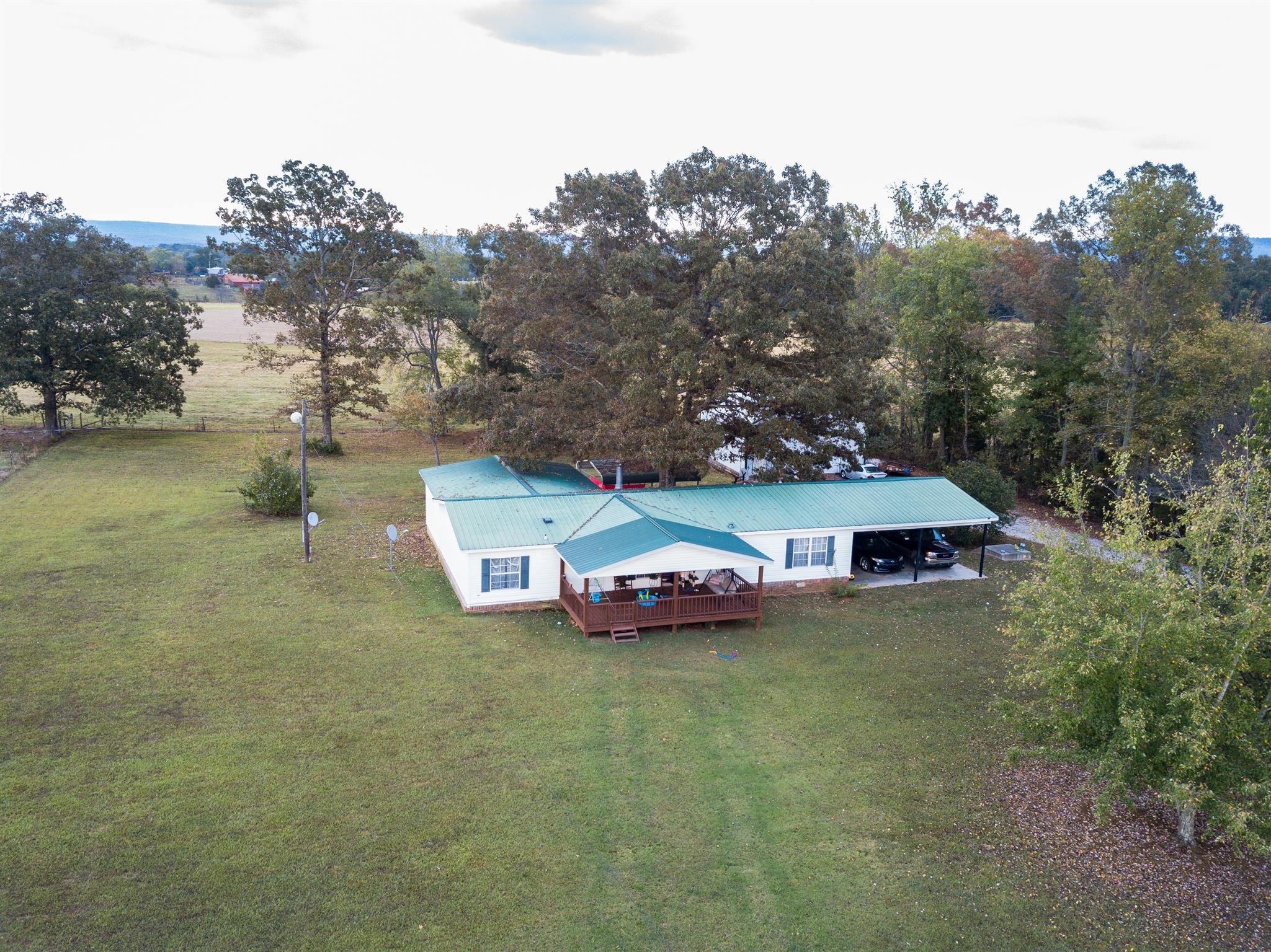 394 Stagecoach Dr, Huntland, TN 37345 - Huntland, TN real estate listing