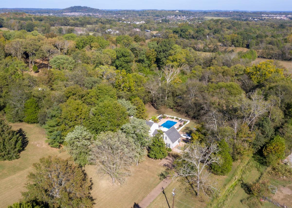 1610 Anderson Rd, Hendersonville, TN 37075 - Hendersonville, TN real estate listing