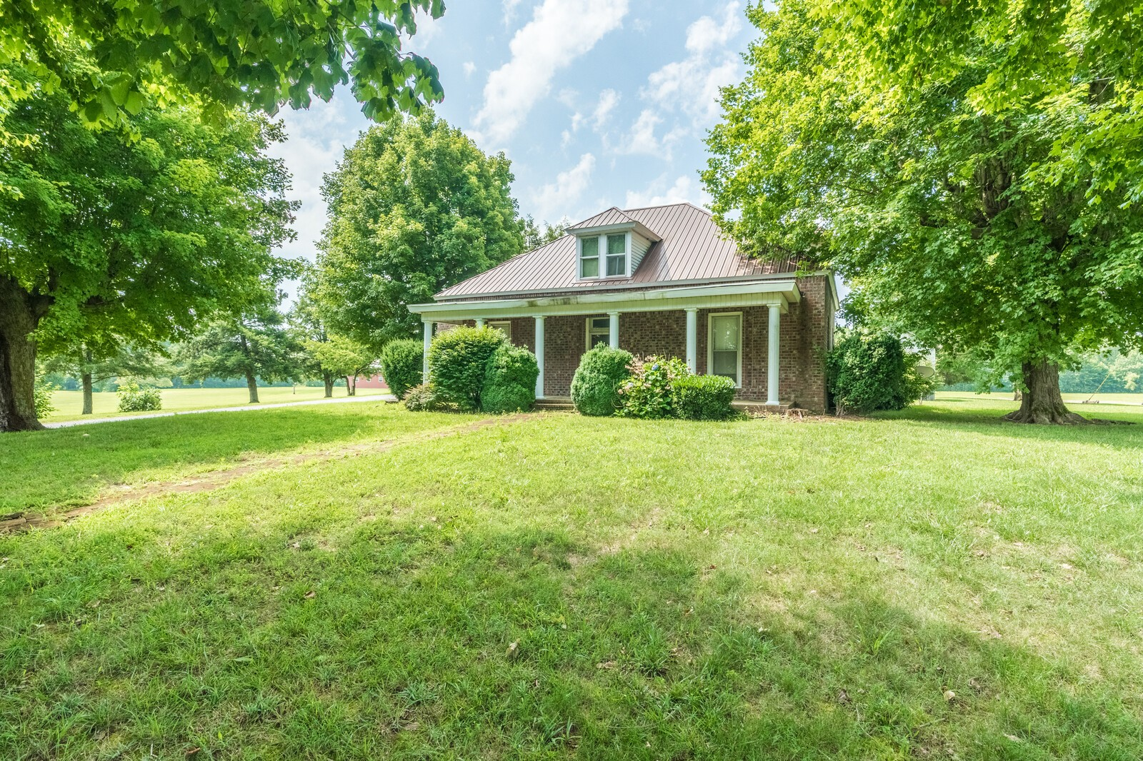 3325 Dunn Rd, Cedar Hill, TN 37032 - Cedar Hill, TN real estate listing