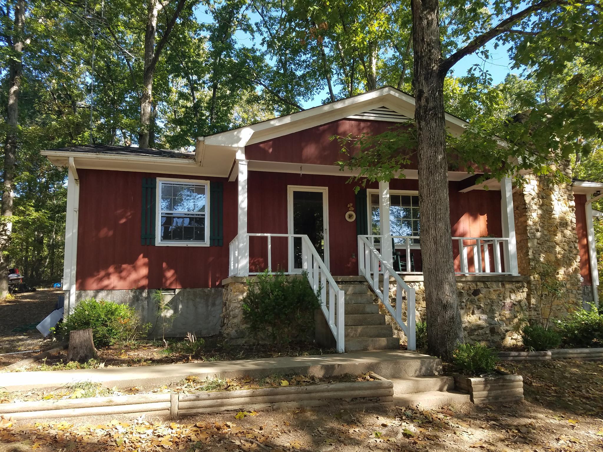 8 E Richardson Rd, Leoma, TN 38468 - Leoma, TN real estate listing