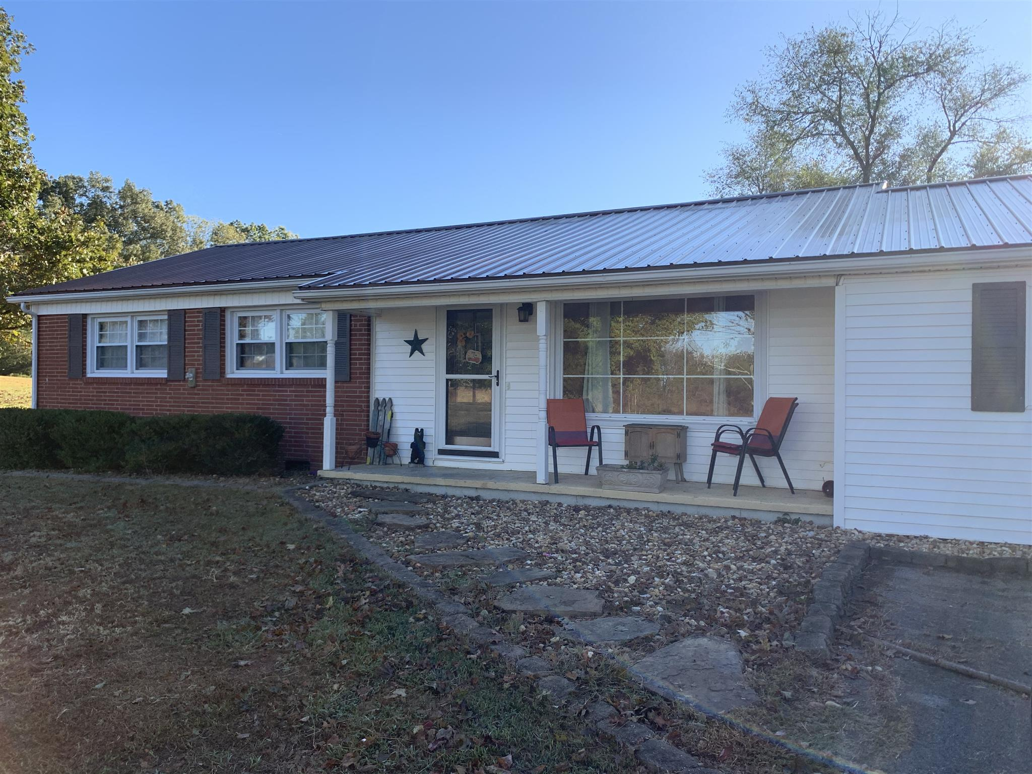 13705 Old Kentucky Rd, Walling, TN 38587 - Walling, TN real estate listing