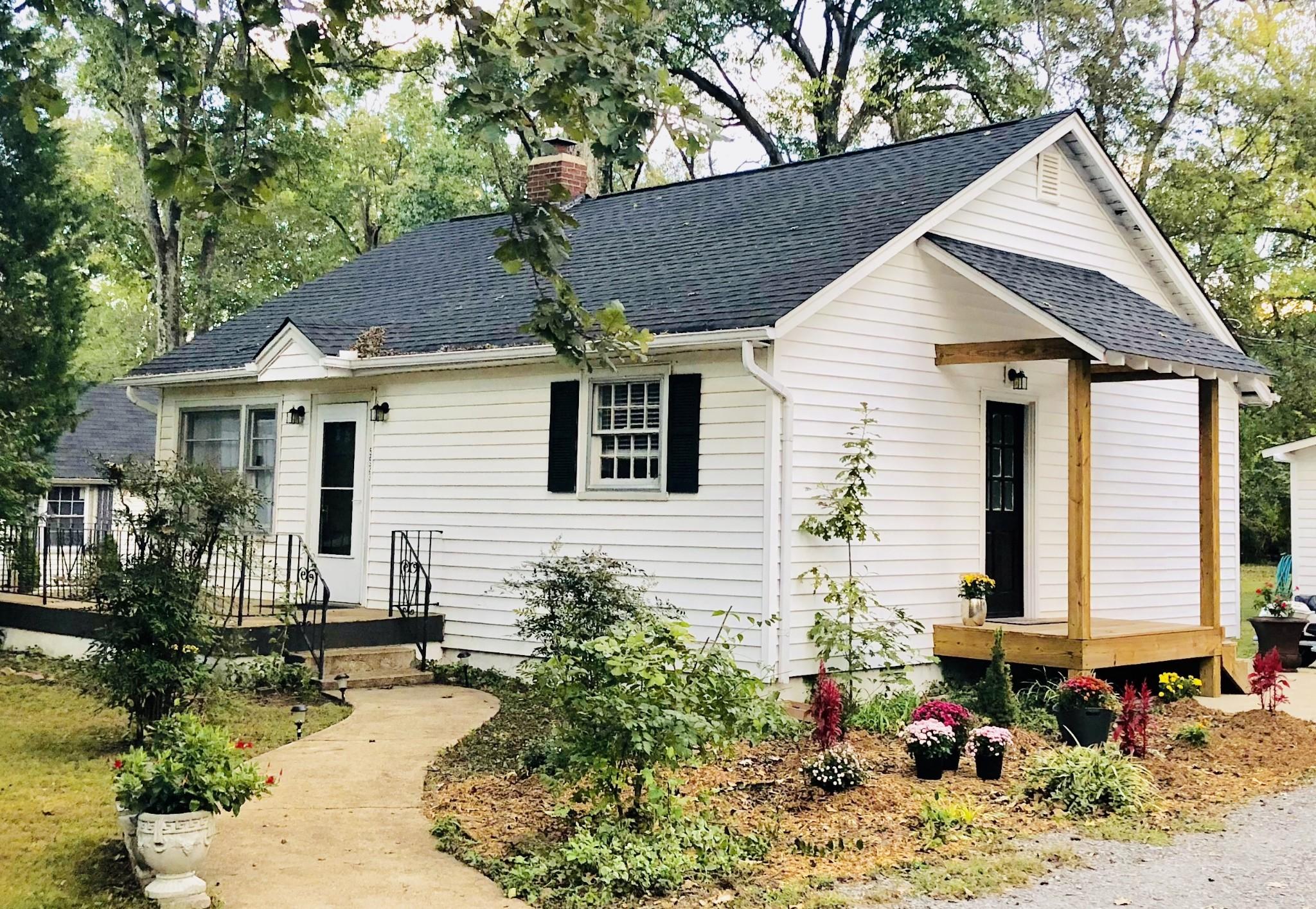 5923 Old Harding Pike, Nashville, TN 37205 - Nashville, TN real estate listing