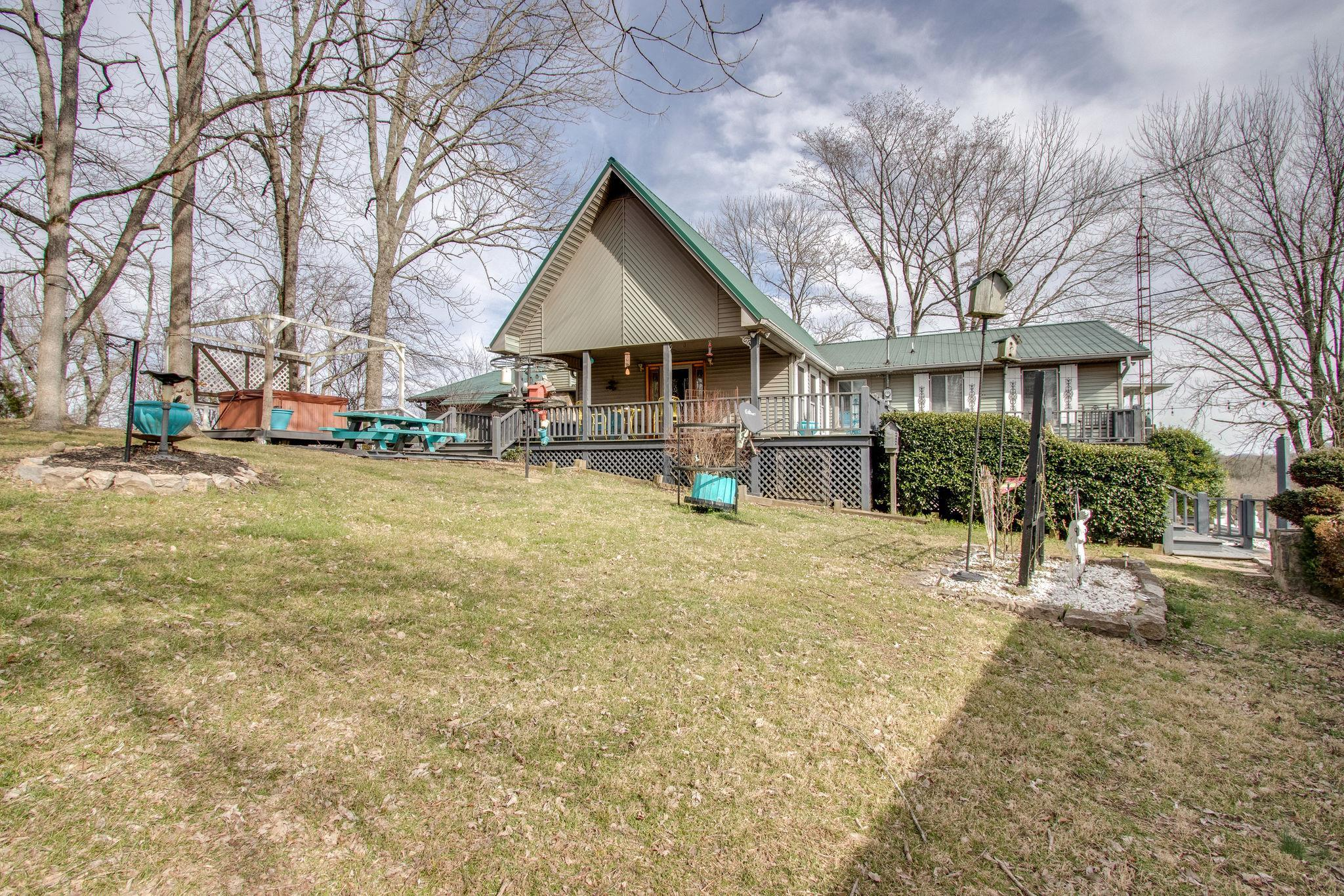 25 Hillview Ln, N, Pleasant Shade, TN 37145 - Pleasant Shade, TN real estate listing