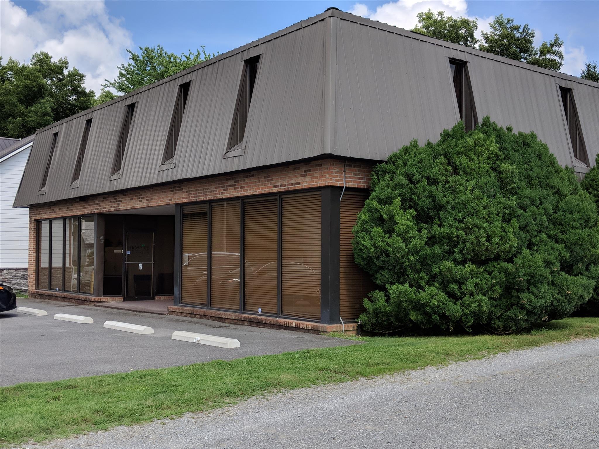 110 E Lauderdale St Property Photo - Tullahoma, TN real estate listing