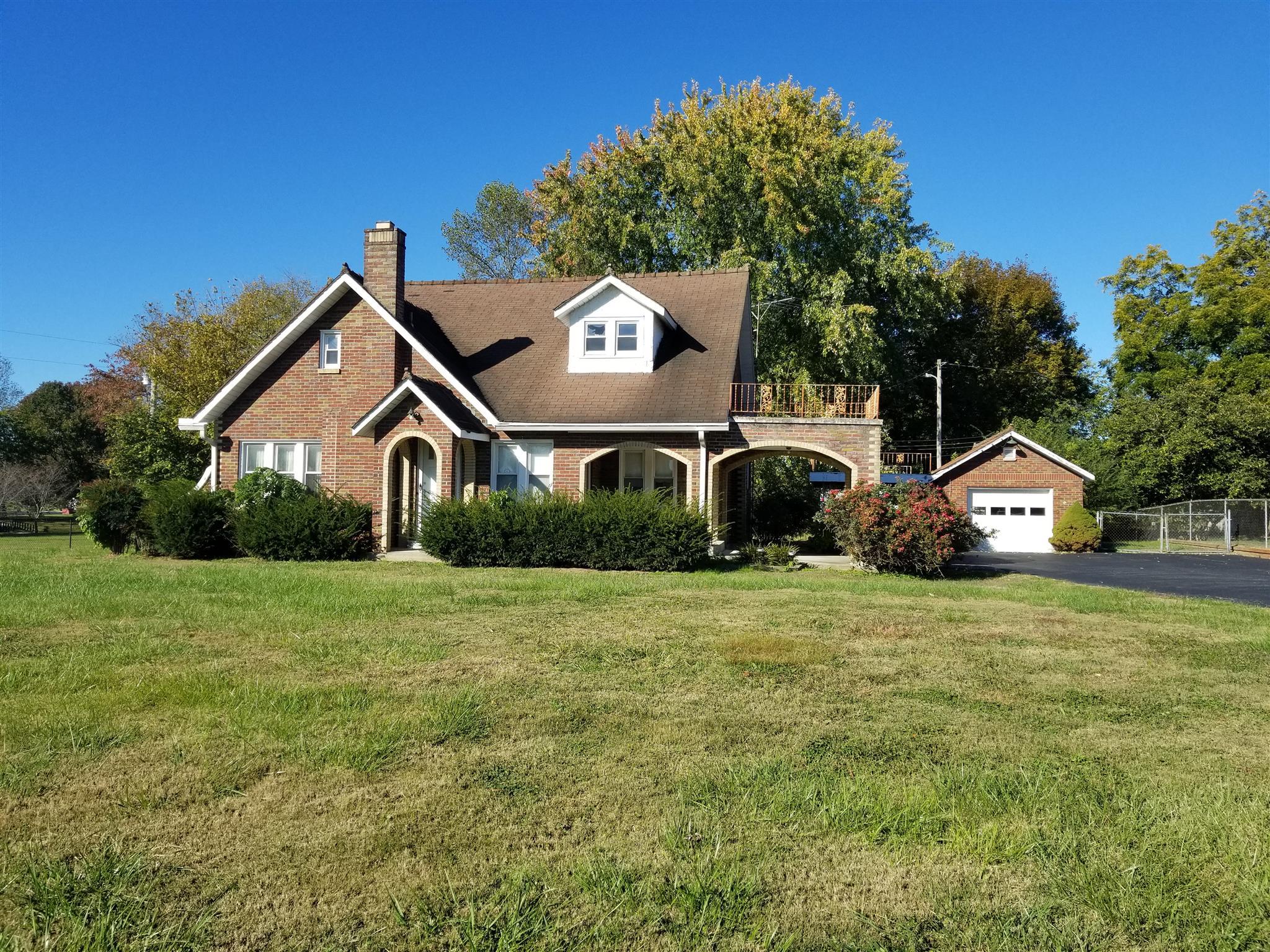 401 Scottsville Rd, Lafayette, TN 37083 - Lafayette, TN real estate listing