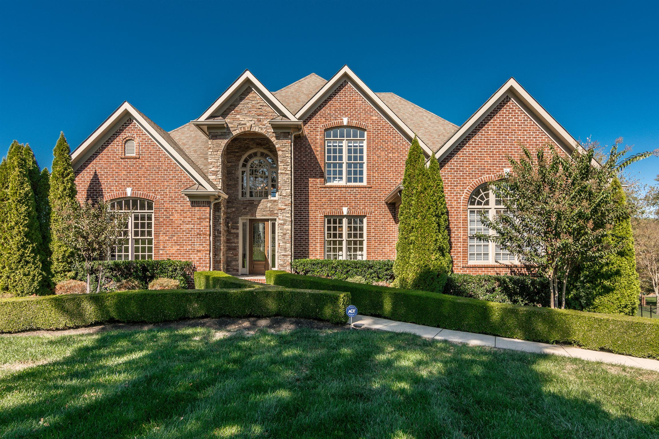 2216 Grey Cliff Dr, Franklin, TN 37064 - Franklin, TN real estate listing