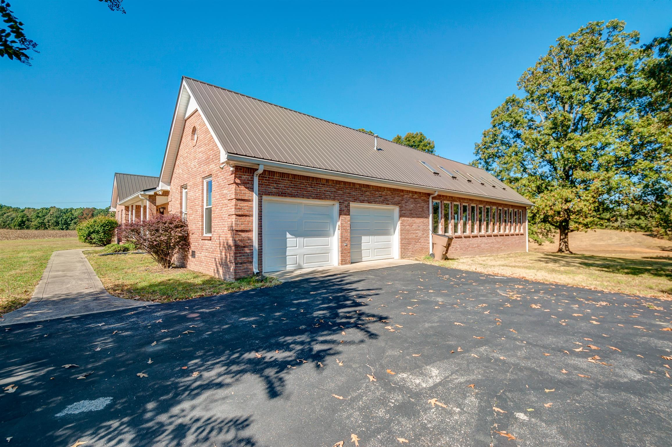 8910 Poplar Grove Rd, MC EWEN, TN 37101 - MC EWEN, TN real estate listing