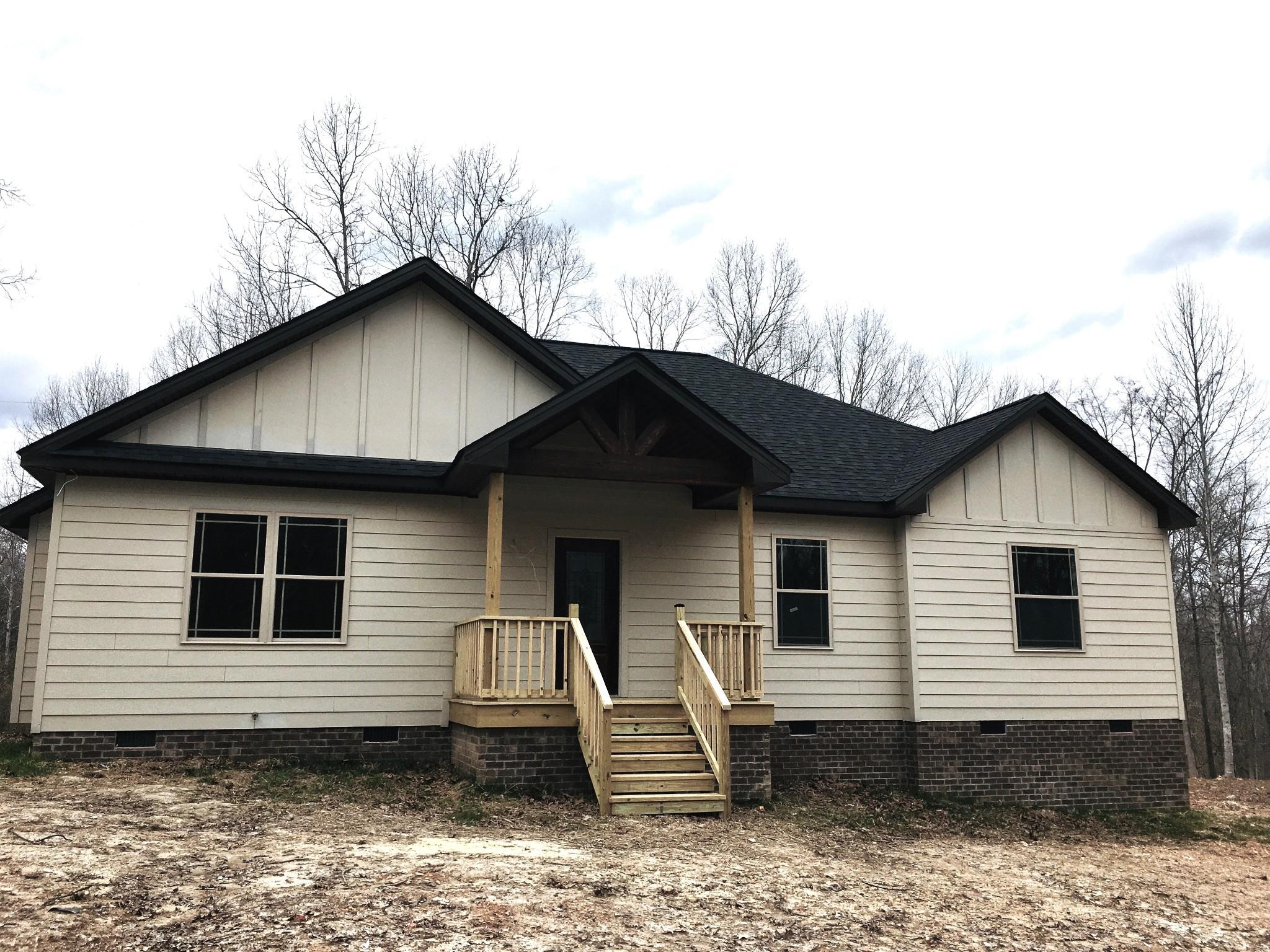 189 B Y Brown Rd Property Photo - Charlotte, TN real estate listing