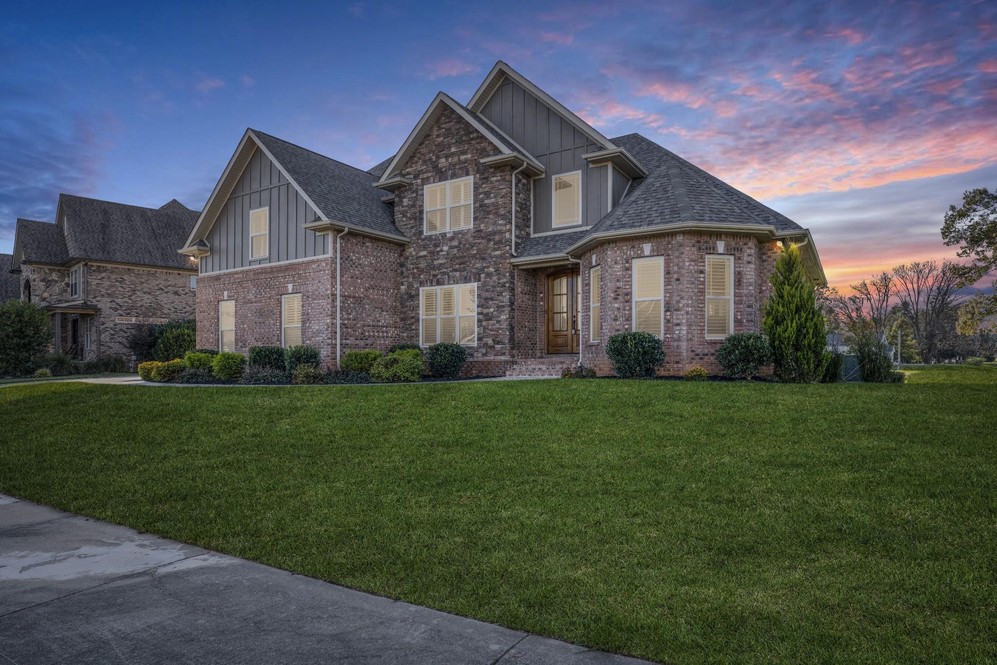 2600 Stone Manor Way, Clarksville, TN 37043 - Clarksville, TN real estate listing