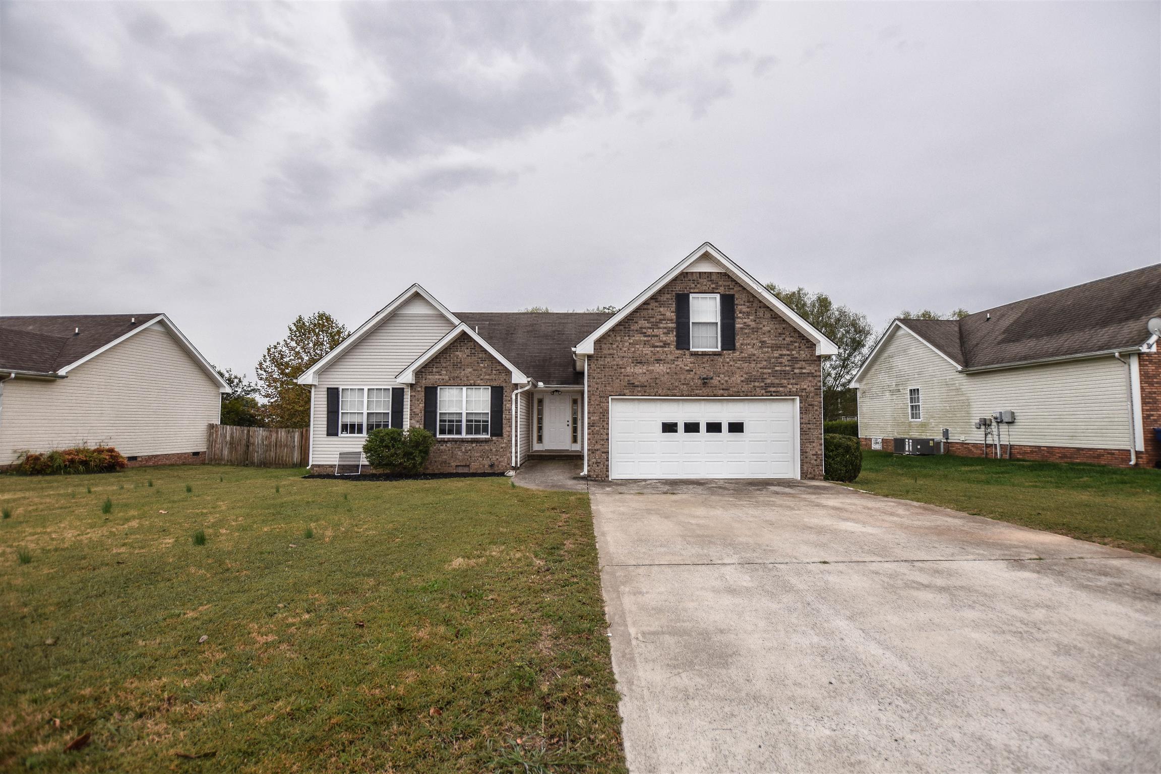 3817 Roscommon Way, Clarksville, TN 37040 - Clarksville, TN real estate listing