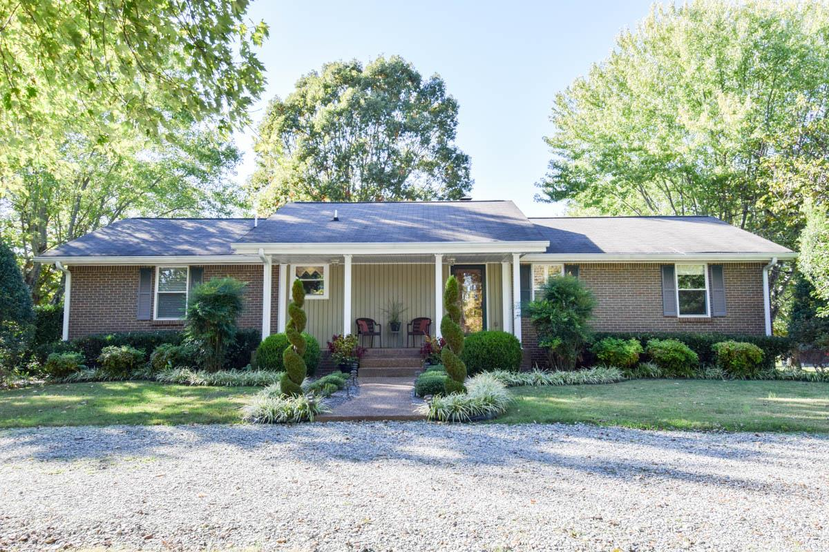 826 Shun Pike, Cottontown, TN 37048 - Cottontown, TN real estate listing
