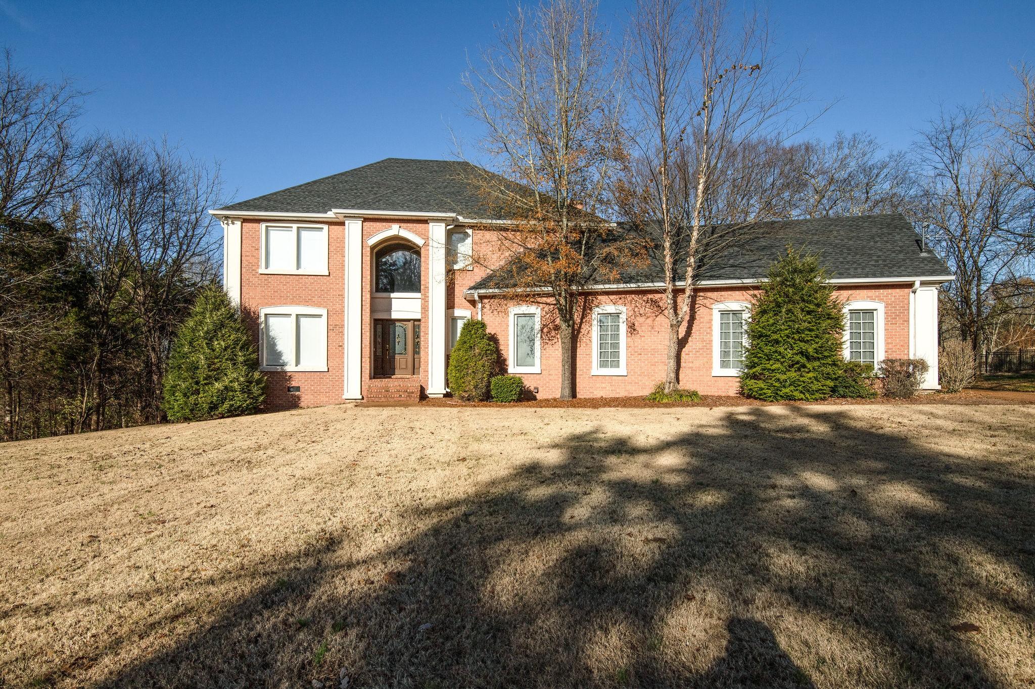 1134 Stirlingshire Dr, Hendersonville, TN 37075 - Hendersonville, TN real estate listing