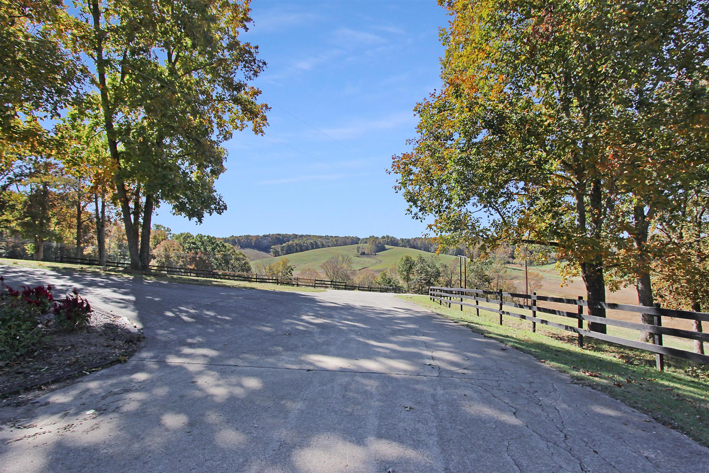206 Hayes Fork Creek Rd, Dover, TN 37058 - Dover, TN real estate listing