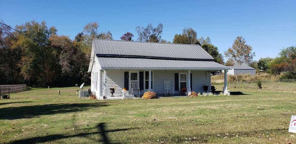 8905 Cookeville Boatdock Road Property Photo - Baxter, TN real estate listing