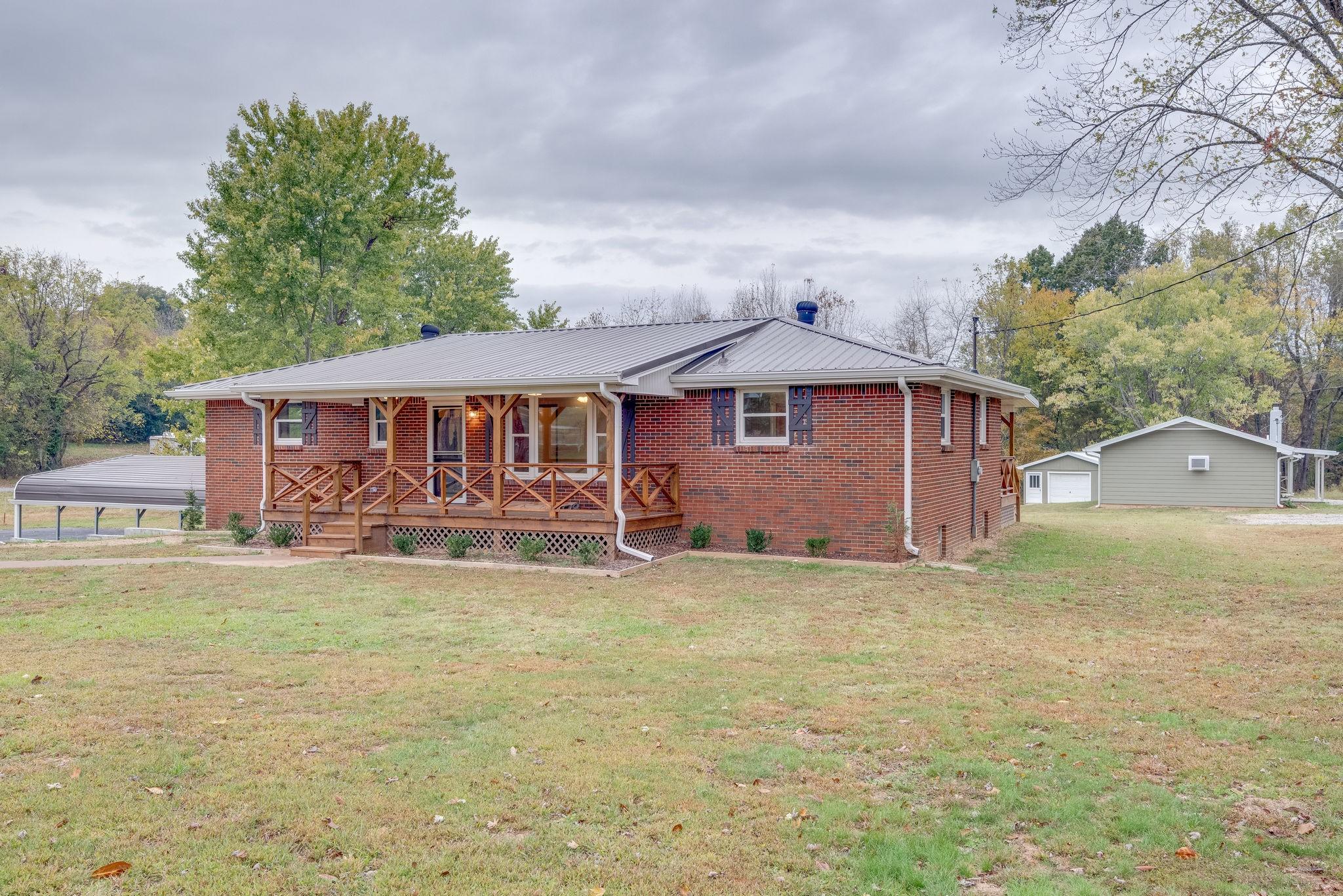1835 Highway 49 E, Charlotte, TN 37036 - Charlotte, TN real estate listing