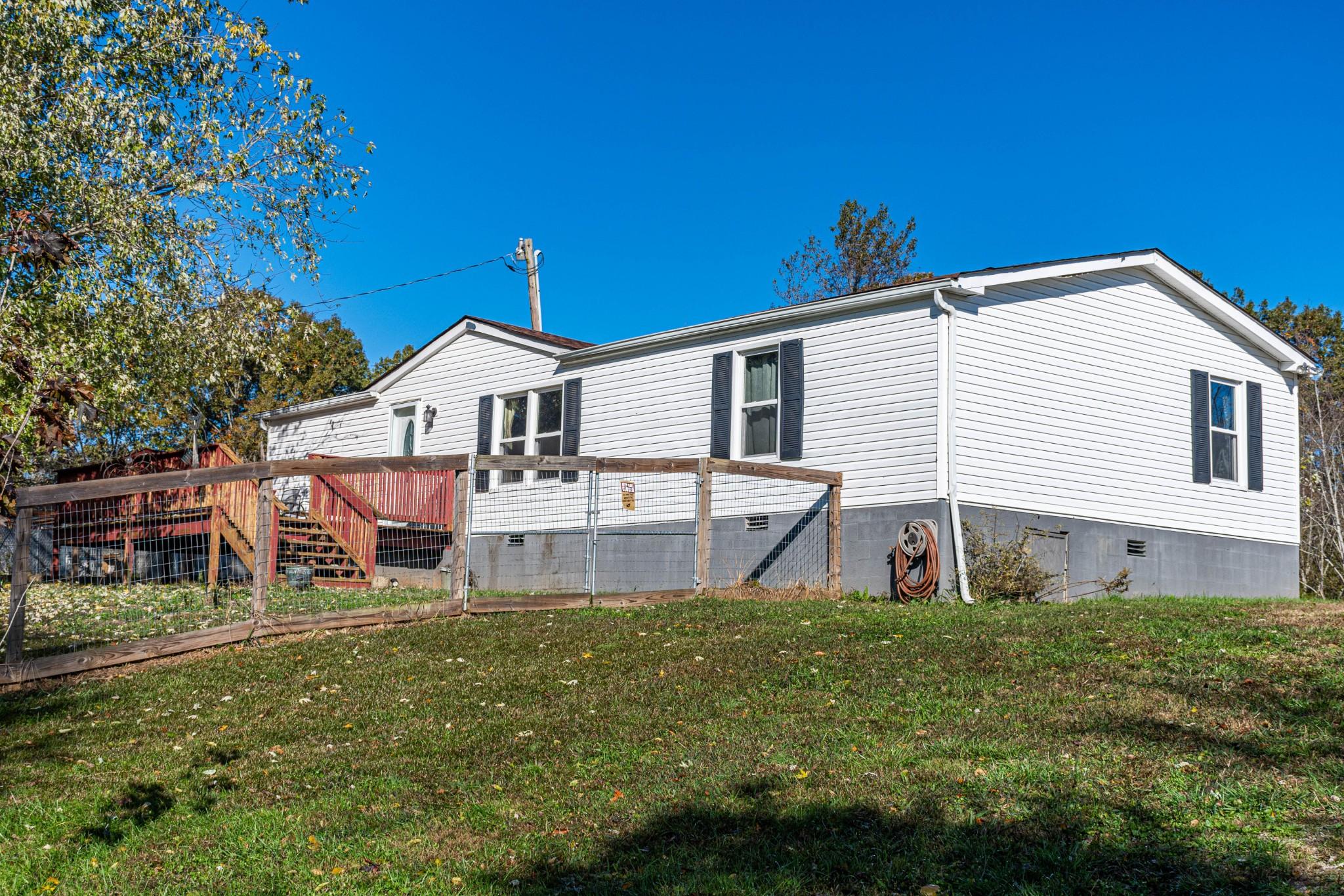 3426 Lake Rd, Woodlawn, TN 37191 - Woodlawn, TN real estate listing