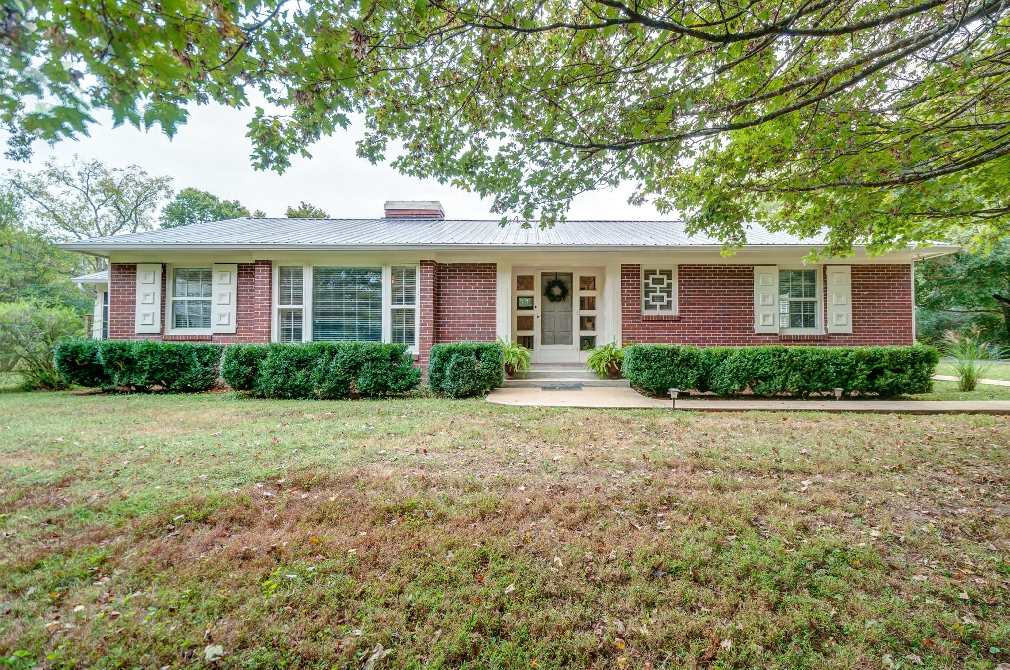 104 E Over Dr, Centerville, TN 37033 - Centerville, TN real estate listing