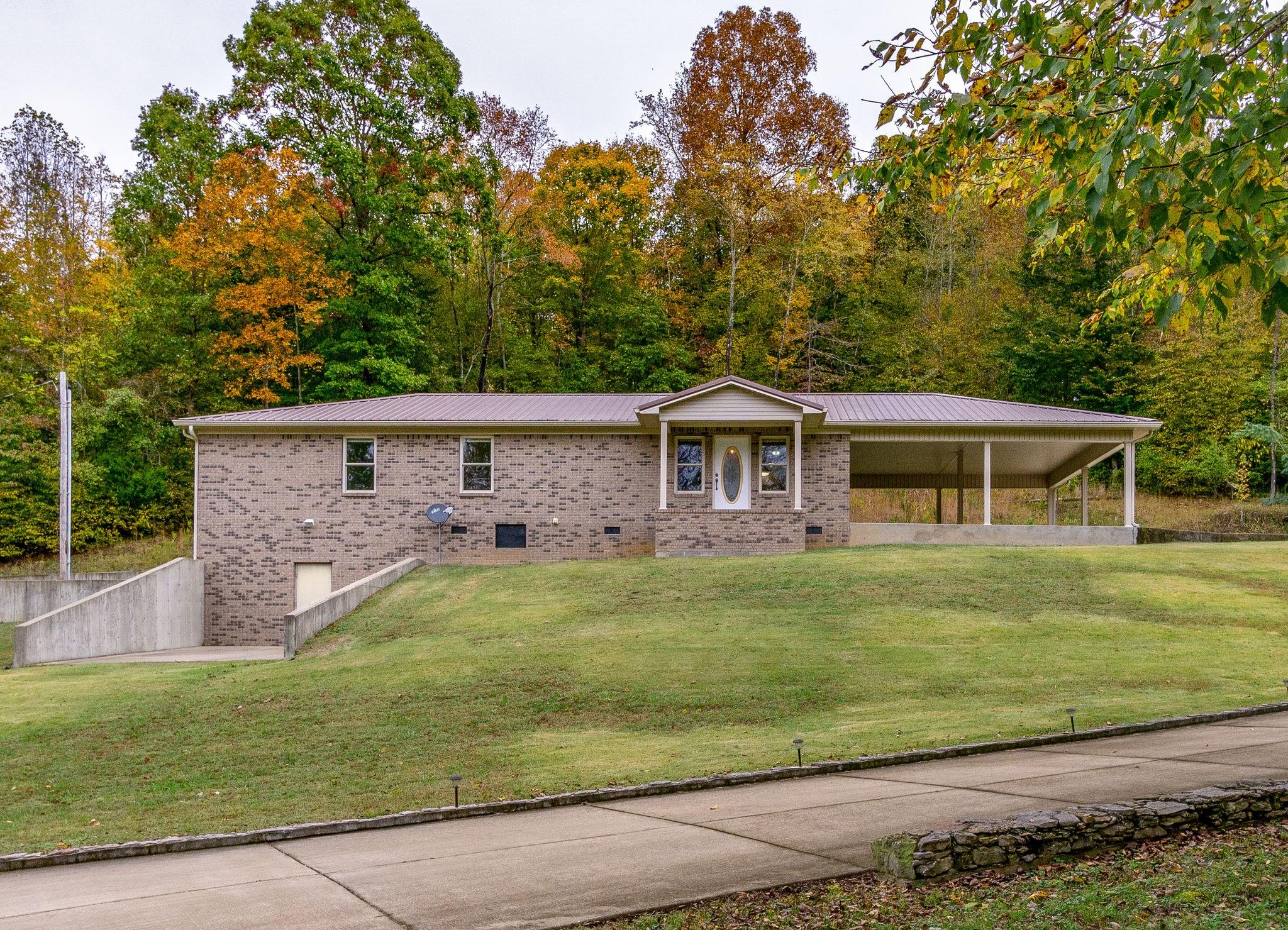 305 River Bluff Rd, Linden, TN 37096 - Linden, TN real estate listing