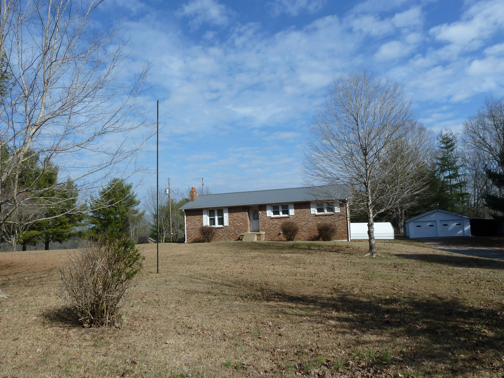 9050 Middle Lick Creek Road Property Photo - Lyles, TN real estate listing